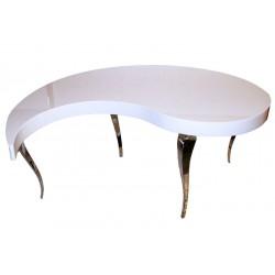 طاولة خشب وستانلس ستيل